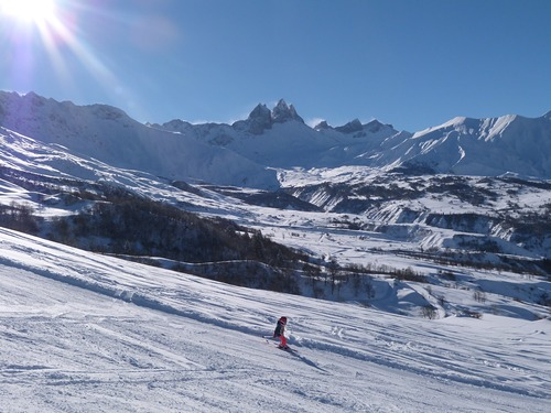 Albiez-Montrond Ski Resort by: Dirk Vermeulen