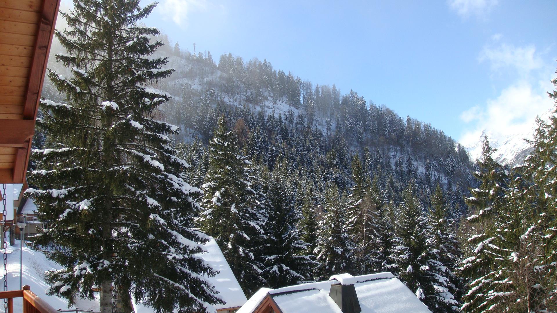 View from the balcony, Oz en Oisans