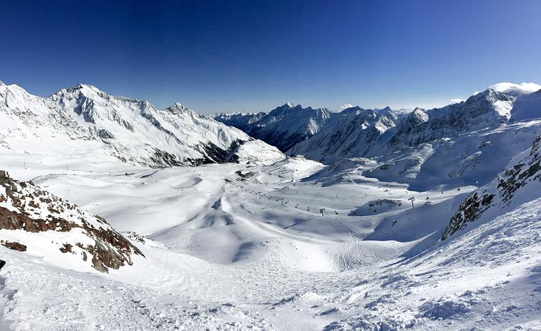 Stubai resort looking north, Stubai Glacier