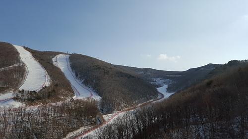 High1 Ski Resort Ski Resort by: Byung Chun,Moon