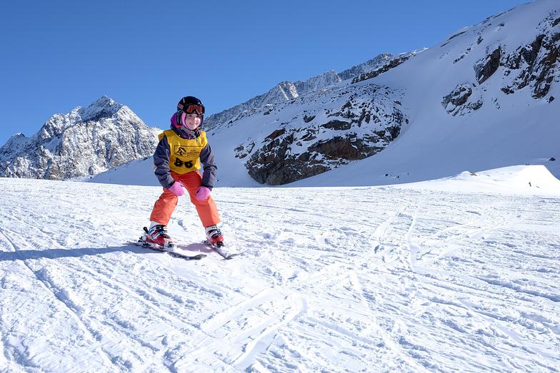 Stubai / Neustify Ski School, Stubai Glacier