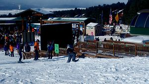 practicando snowboard, Angel Fire Resort photo