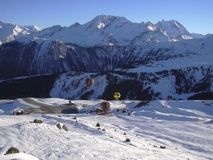 Balloons in Courchevel photo