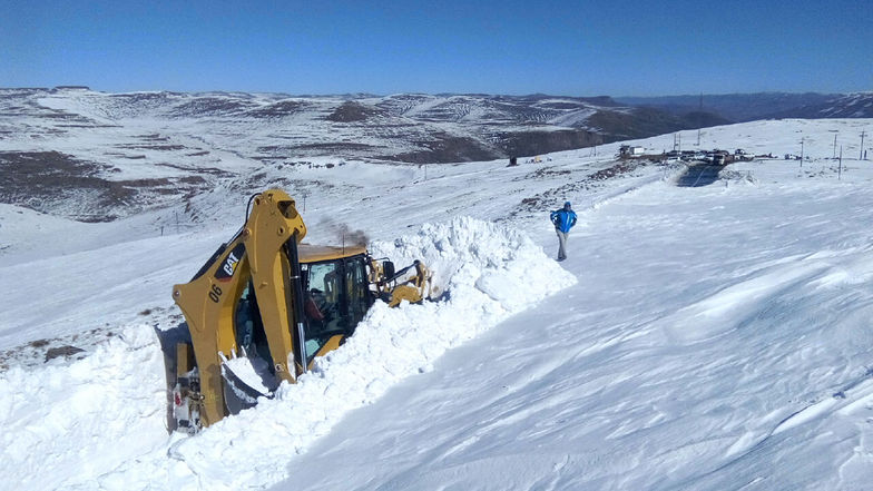 Lesotho snow storm 2016, Afriski Mountain Resort