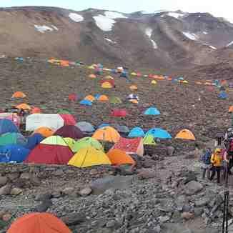 انبوه کوهنوردان در دماوند, Mount Damavand