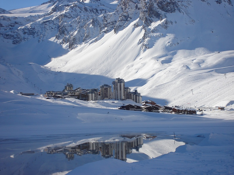 Town in reflection, Tignes