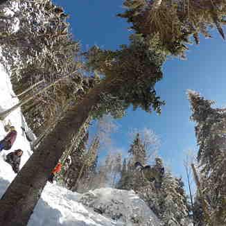 Shred session in Crazy L'escalier, Ski La Reserve
