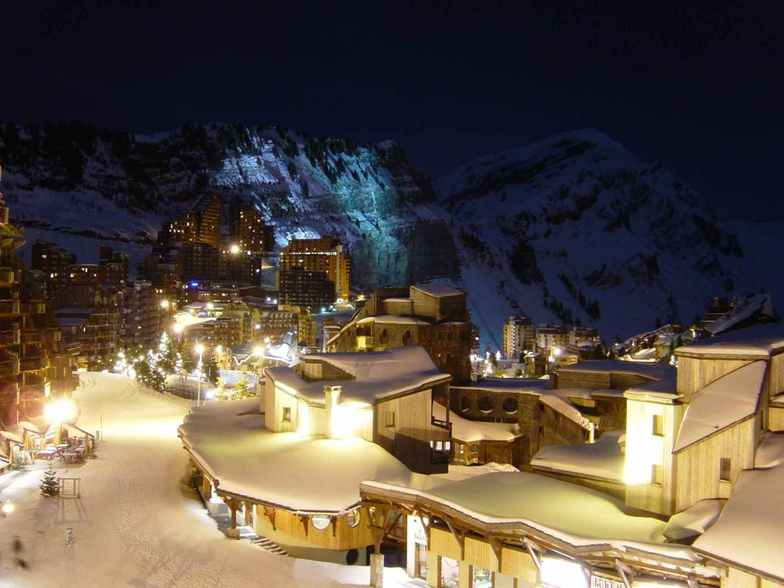 Night in Avoriaz.
