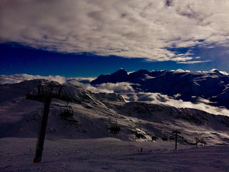 Glacier lift, Alpe d'Huez