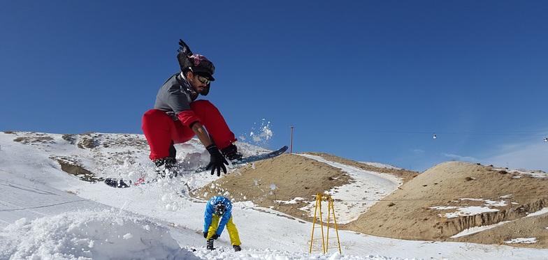 dude, Pooladkaf Ski Resort