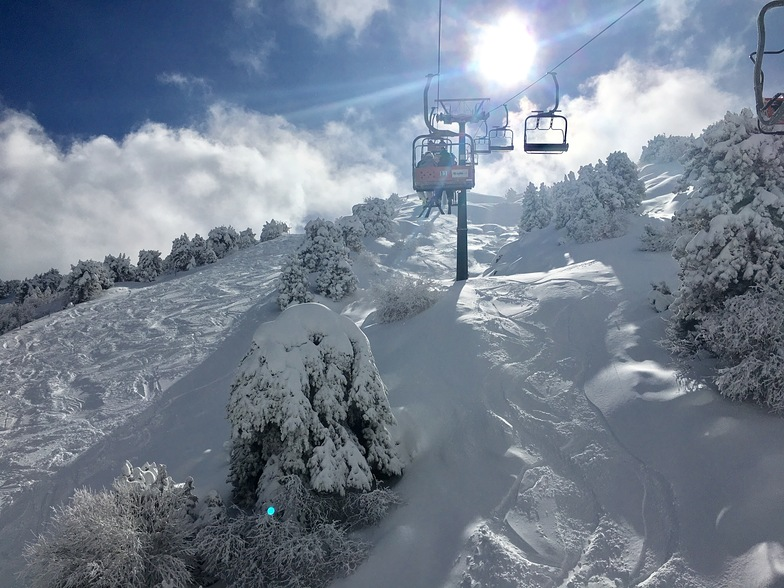 North Face chair lift, Mt Olympus