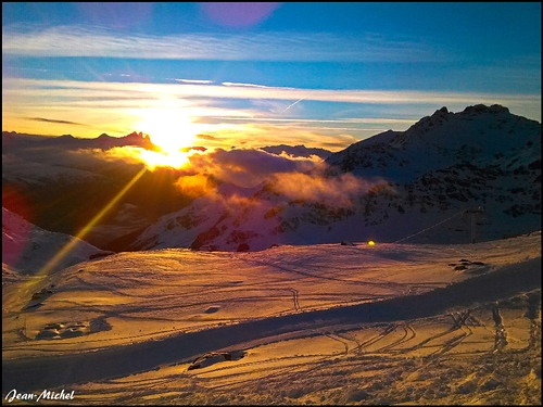 Savoie Grand Revard Ski Resort by: jmski