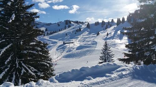 Morillon Ski Resort by: rob.fatica