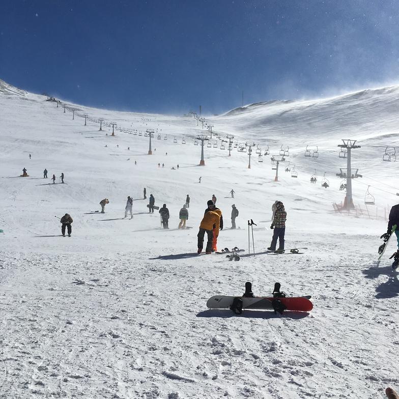 Tochal ski resort  heart of city Tehran photo by Amin