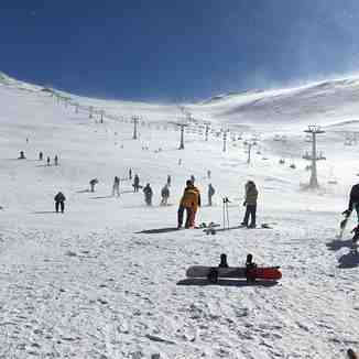 Tochal ski resort  heart of city Tehran photo by Amin