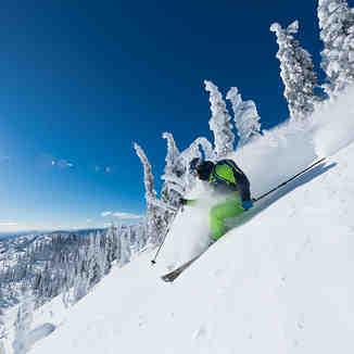 heli skiing at Snowwater, Snowwater Lodge