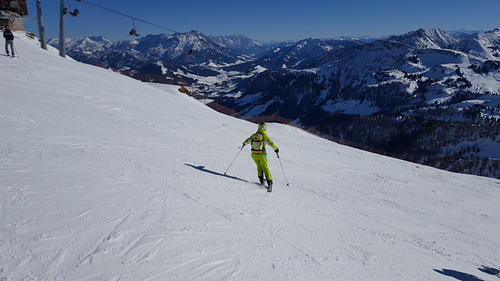 Kitzbühel Ski Resort by: Byung Chun,Moon