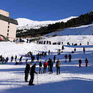 Saturday crowd, Brezovica