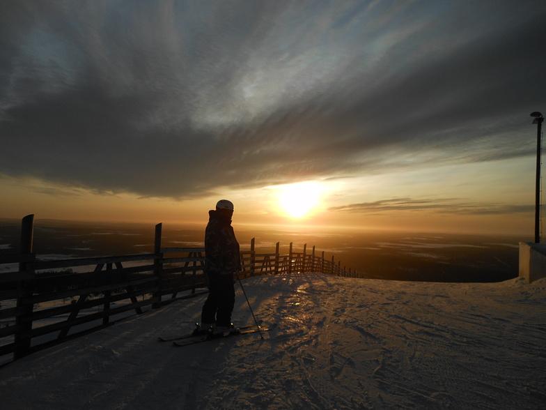 Sunrise, Levi