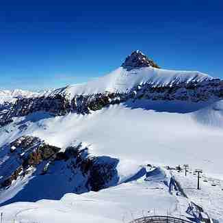 The Oldenhorn, Gstaad Glacier 3000