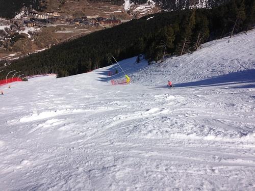 Grandvalira El Tarter Ski Resort by: jose correia