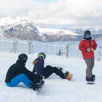 Snowboarding at Glencoe Mountain Resort