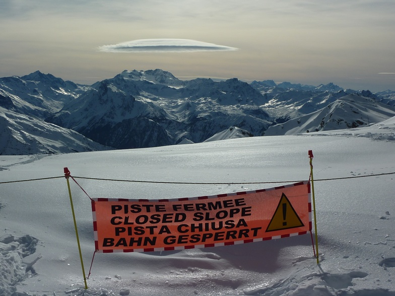 When aliens attack, La Plagne