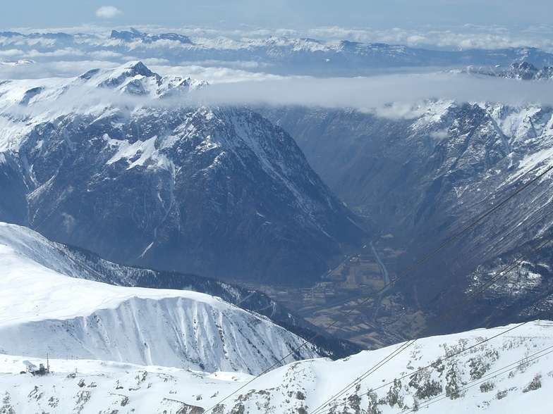 Looking back from Pic Blanc, Alpe d'Huez
