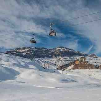 Shahdag Mountain Resort - chair lifts