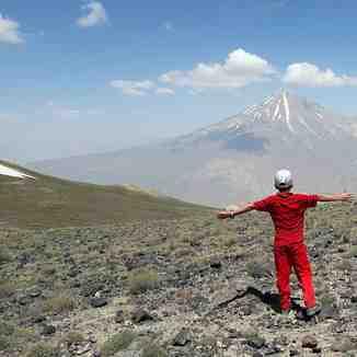 محمد  حسین حمصی در قله پاشوره, Mount Damavand