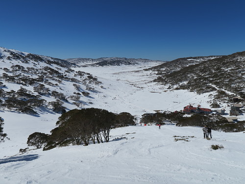 Charlotte Pass Ski Resort by: Hiro