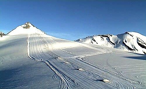 Summer skiing at Stevio Pass, Passo Dello Stelvio Stilfserjoch