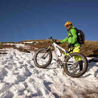 Axevo Electric Fat Bike, Pen-y-Fan