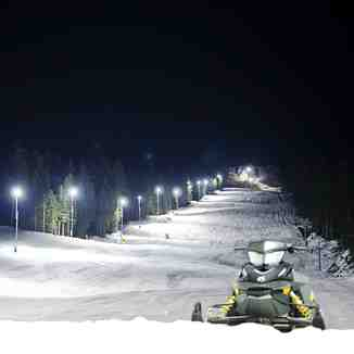 Night skiing, Ravna Planina
