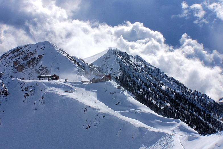 The Eagle's Nest, Kicking Horse