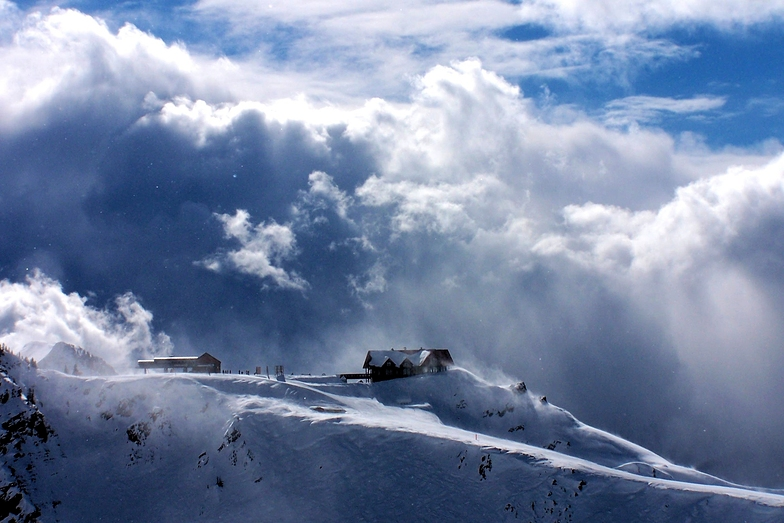 Lodge in the Clouds, Kicking Horse