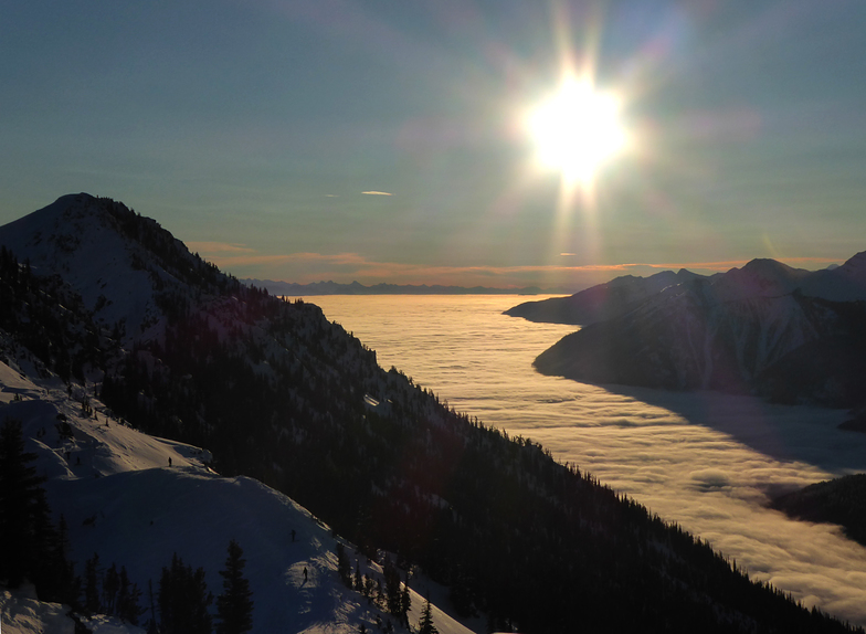 Sea of clouds, Kicking Horse