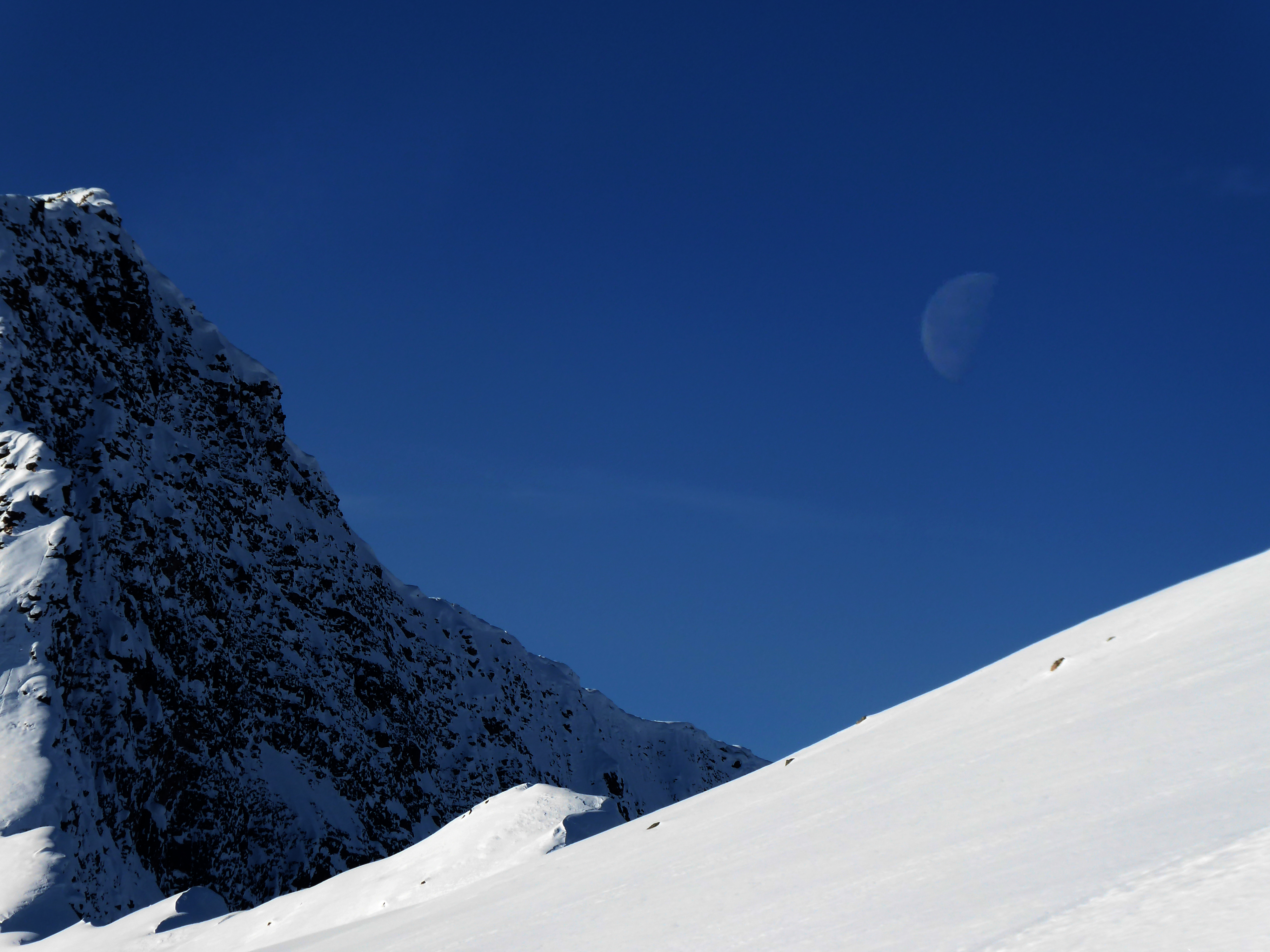 And the moon looks on., Kicking Horse
