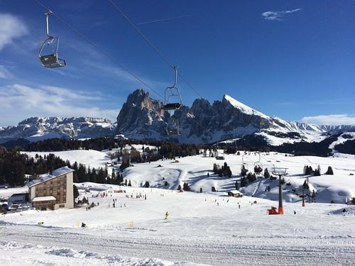 Val Gardena Ski Resort by: Insam.E.