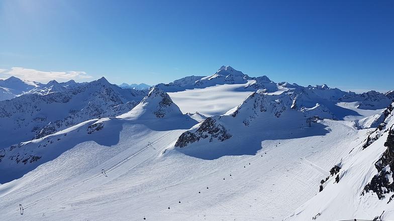 Wildspitze and Tiefenbach gletscher, Sölden