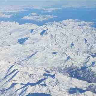 Dall'alto, Breuil-Cervinia Valtournenche