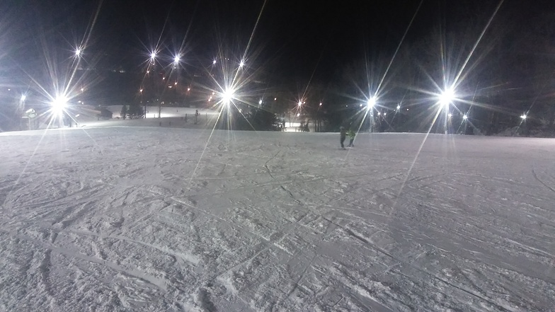 Birthday fun under the lights!!, Ski Roundtop