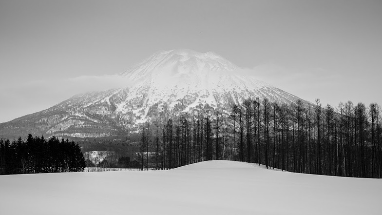 Mount Yotei, Niseko Grand Hirafu