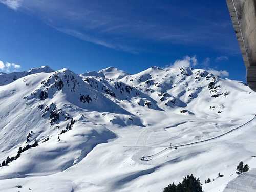 Mayrhofen Ski Resort by: Natalia Danilchenko