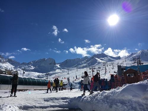 Grandvalira-Pas de la Casa Ski Resort by: casa negocis