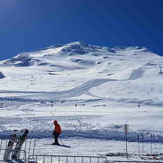 Turoa Snow: Earn your Turns!