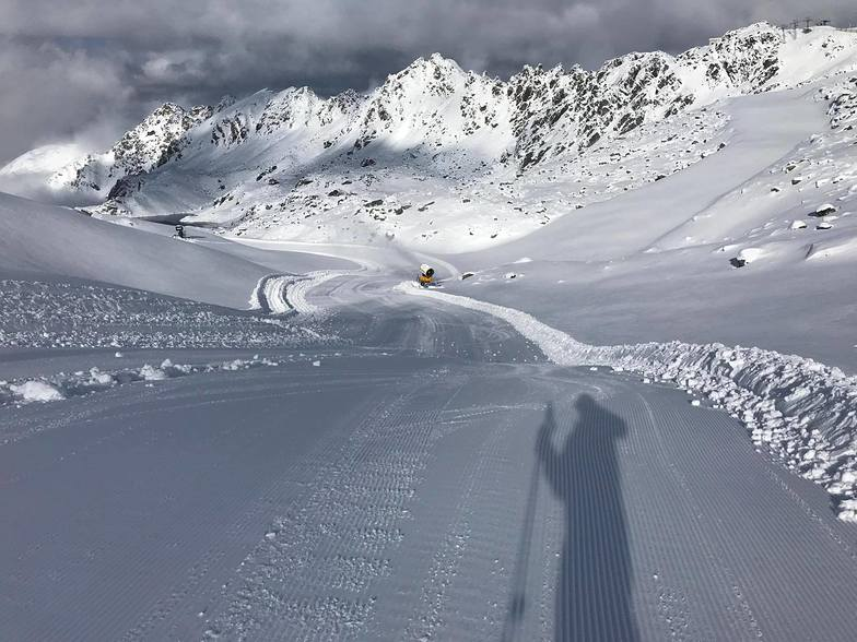 New season and already lots of snow., Verbier