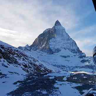 Heading back up for one more run...., Zermatt