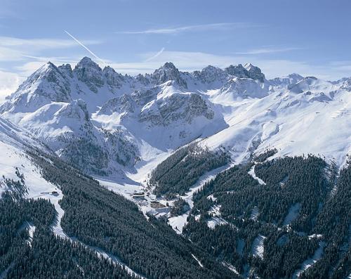Axamer Lizum Ski Resort by: Karl 'Charlie' Niklass