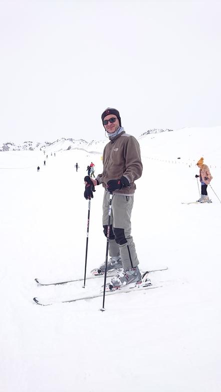 A good day in the Alvars Ski Resort ⛷, Alvares Winter Sports Complex